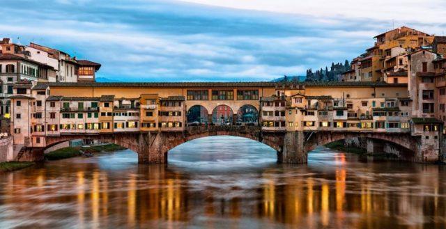 Ponte Vecchio chiuderà ancora per una cena di gala – Emergenza Cultura
